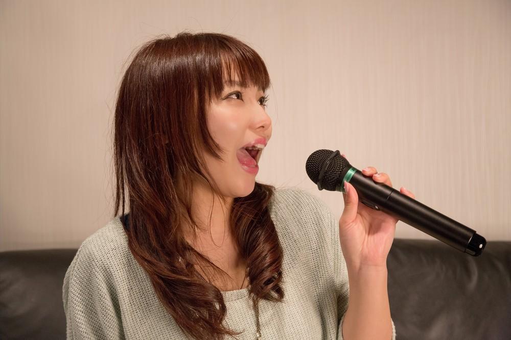 NKJ52_karaokeutauonnanoko-thumb-1000xauto-15422.jpg